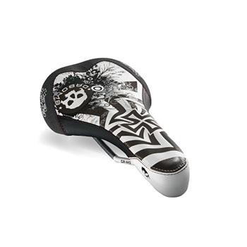 Dabomb Da Skull Saddle (White)