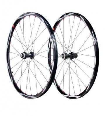 Shimano Centerlock XT WH-M775 disc brake bicycle wheel set