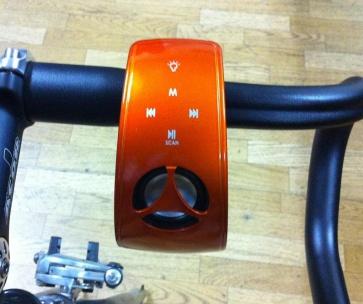 Xfire Qurio Bicycle Speaker MP3 LED Lamp Iphone FM 2W